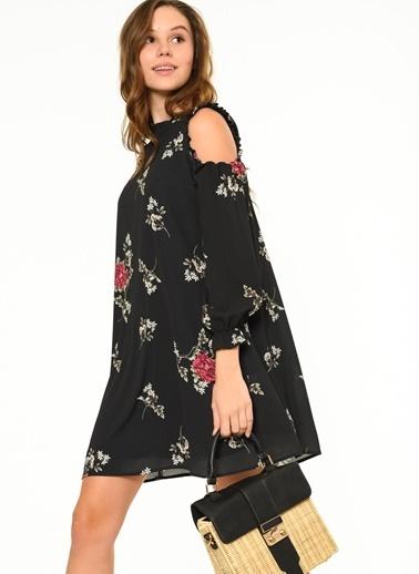 Omuzları Açık Çiçekli Bluz-Fashion Friends